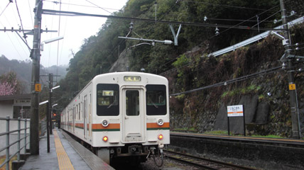 JR-Iidasen2.JPG
